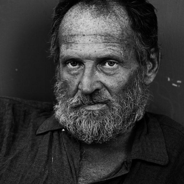 Homeless010